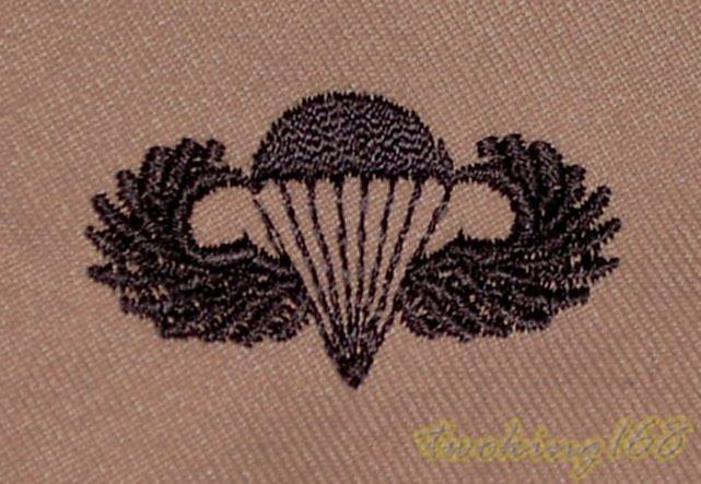 美軍傘兵章(沙漠黑)胸章 技能章☆★美國 陸軍 沙漠迷彩 迷彩服 早期 低視度 野戰服