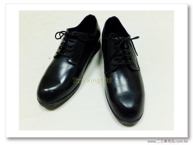 警察皮鞋(霧面真皮)-警察裝備-650元