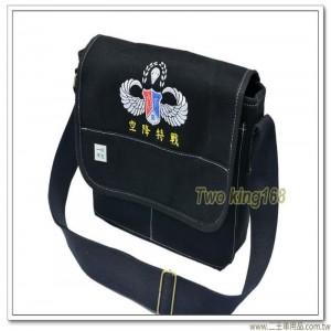 鐵漢傘徽帆布洽公袋(黑色)(加厚款) ★軍用書包